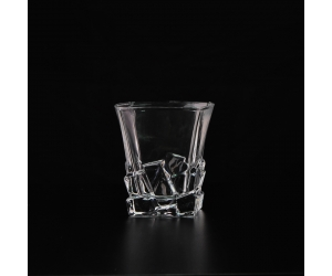 China Manufacture Clear Whiskey Drinkware Square Wine Glass China Glassware Supplier Okcandle